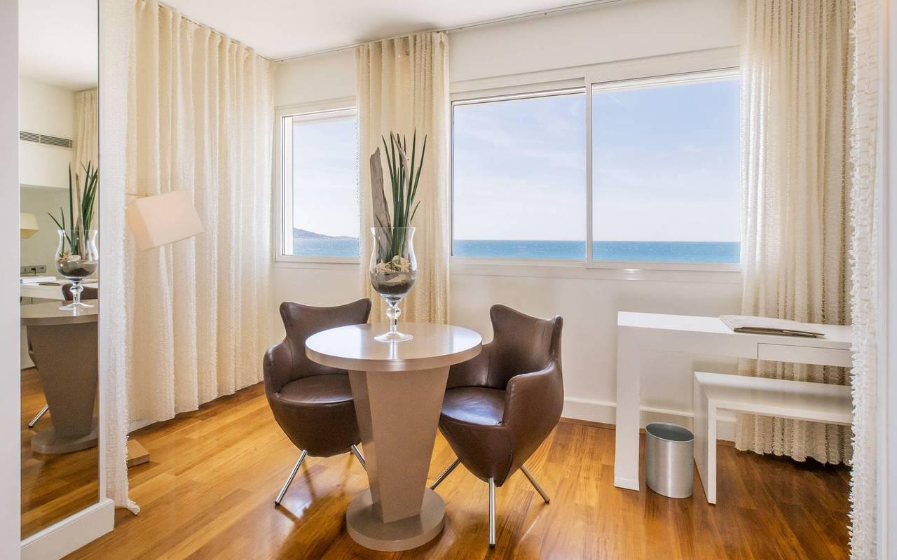 chambre avec vue hôtel luxe provence