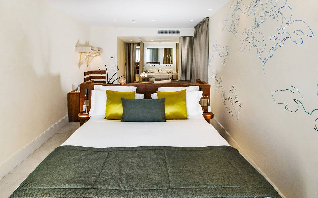 Chambre moderne hôtel luxe paca bord de mer