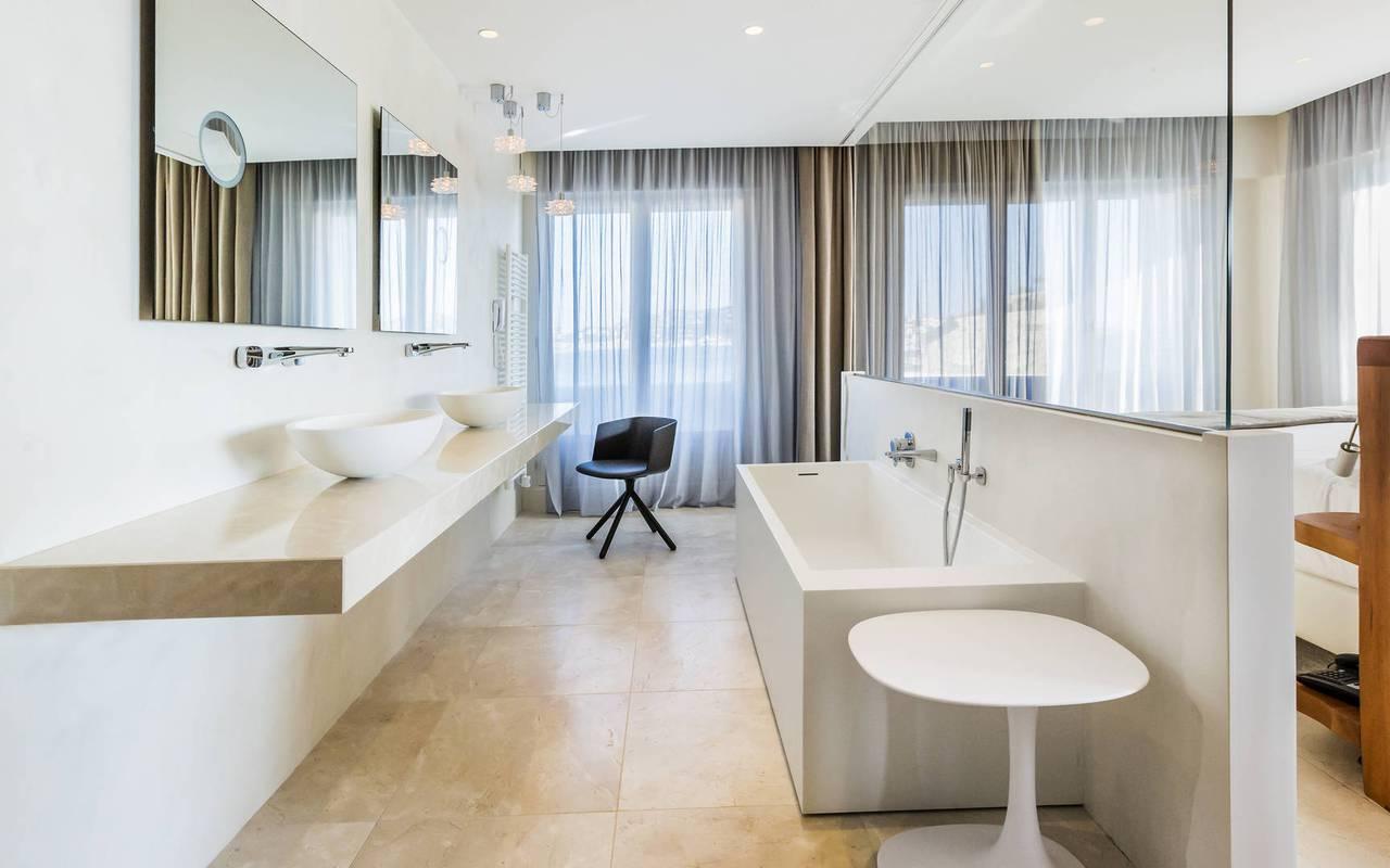 salle de bain raffinée hôtel charme marseille